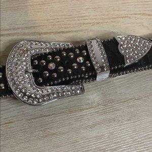 Accessories - Black cross bling belt Size: Med